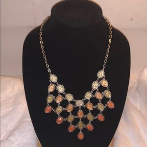 Beautiful New York &Co. necklace